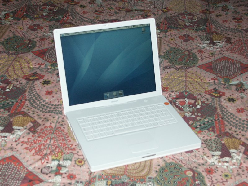 L'iBook G4 di maury.